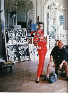 Bettina Graziani wearing Claire McCardell shirt and pants, seen here with Picasso (the master himself) in his new Cannes villa, La Californie, photo by Mark Shaw, 1955