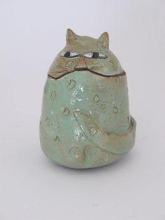 Clementina Ceramic Cat -Green fat cat jar