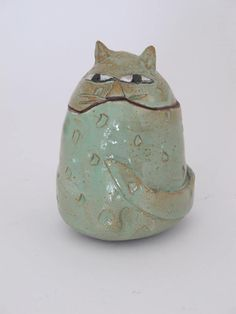 Clementina Ceramic Cat -Green fat cat jar