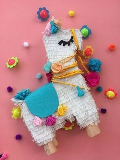 There's no fun celebration with smashing a pinata in it. These pinata craft ideas will make the party or celebration more special. Llama Birthday, Girl Birthday, Teenager Party, Pinata Party, Birthday Pinata, Silvester Party, Mexican Party, Party Activities, 2nd Birthday Parties