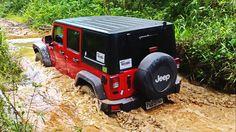 Jeep Wrangler, no uso (versão completa)
