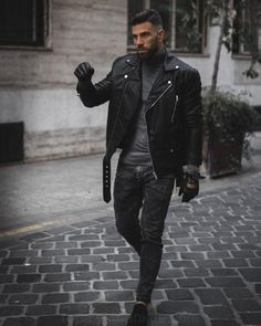 King of Autumn Masculine Black, Ambitious Style Creators – Leonadem You are in the right place about Rock Style bedroom Here we offer you the most beautiful pictures about the Rock Style hair you are Biker Jacket Outfit, Black Leather Biker Jacket, Leather Jacket Outfits, Leather Men, Leather Jackets, Biker Boots, Stylish Men, Men Casual, Rock Style Men