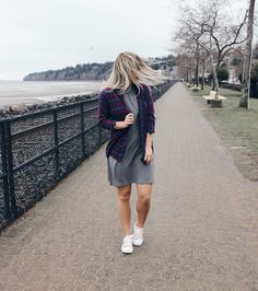 We whip our hair back and forth  | Women's fashion #hunnistyle