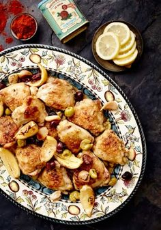 Spanish Chicken With Smoked Paprika Lemon & Olives Olive Recipes, Lemon Recipes, Yummy Recipes, South African Recipes, Ethnic Recipes, Spanish Chicken, Smoked Paprika, Lemon Chicken, Roasted Vegetables