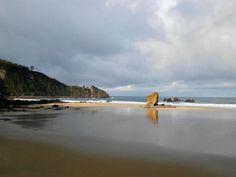 Playa de Aguilar, en Muros del Nalón Asturias.