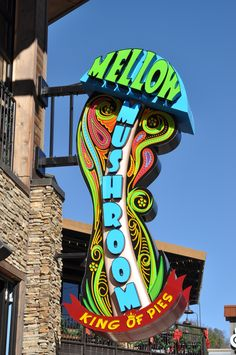 Try out some of the best pizza in town at the Mellow Mushroom. #Gatlinburg #Tennessee  #dining