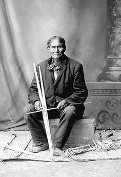Geronimo Holding Bows and Arrow Shaft - 1904