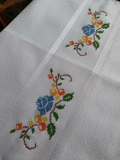1 million+ Stunning Free Images to Use Anywhere Embroidery Tattoo, Embroidery Sampler, Embroidery Patterns Free, Embroidery Fonts, Cross Stitch Embroidery, Hand Embroidery, Vintage Embroidery, Embroidery Scissors, Embroidery Transfers