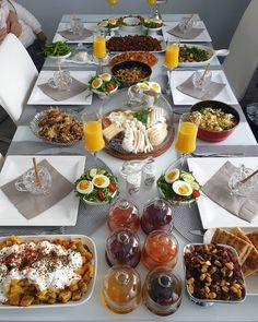 Pin by Лилия on Beautiful serving in 2020 Eid Breakfast, Breakfast Platter, Breakfast Recipes, Food Platters, Food Decoration, Nutritious Meals, Food Items, Food Presentation, Meal Planning