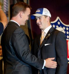 Love this pic of the 2 #1 draft picks, the Manning brothers @ the 2004 NFL Draft.