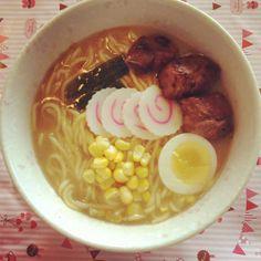 http://katherinezhang.blogspot.com/2013/04/home-made-japanese-ramen-with-bbq-pork.html