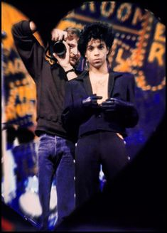 Prince - That must be photographer Jeff Katz