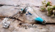 Collana ampolla vetro soffiato terrario fiori naturali , by Evangela Fairy Jewelry, 15,00 € su misshobby.com