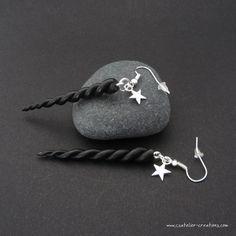 Boucles d'oreilles Cornes de licorne noire en fimo par cs atelier ♥ Polymer clay black unicorn horn earrings