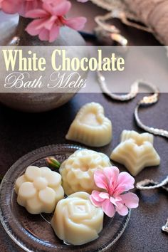 White Chocolate Bath Melts |  simple recipe Ingredients:  50g (1.8oz) White Cocoa Butter  25ml (0.8 fl oz) Refined Coconut Oil  Around 10 drops essential oil or fragrance (optional)