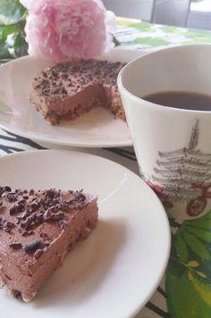 Herkut terveelliset välipalapatukat (gl, vegaani) Sugar Free Snacks, Tiramisu, Cheesecake, Baking, Ethnic Recipes, Desserts, Food, Tailgate Desserts, Deserts