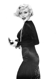1959 Photoshoot of Marilyn Monroe in Some Like It Hot