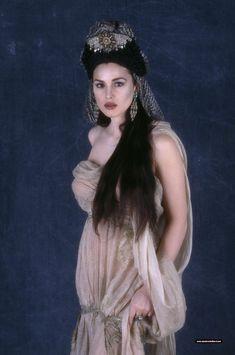 Monica Belluci in costume for Dracula of Bram Stoker film