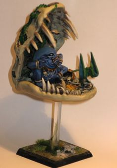Lizardmen Mage Priest in Skull Throne