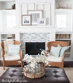 Living Room Decor Updates - Christmas Aftermath - The Lilypad Cottage - 2014.  So lovely~~~