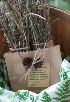 Aromatic Herbal Fire Bundles or Fire Starters Camping Fire Starters, Christmas Crafts, Christmas Decorations, Xmas, Camping Glamping, Candle Making, Yule, Homemade Gifts, Holiday Gifts