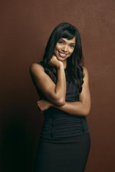 """Tamara Taylor (born September is a Canadian television actress. Her most famous role is that of Dr. Camille Saroyan, head of the Forensic Division, on the forensic crime drama """"Bones"""". Bones Tv Series, Bones Tv Show, Black Is Beautiful, Beautiful People, Beautiful Ladies, Simply Beautiful, Tamara Taylor, Michaela Conlin, Female Hero"""