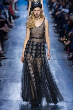 awesome Inspiration Mode - Christian Dior - Fall 2017 Ready-to-Wear Source:Voguerunway.com