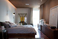 Um apartamento para relaxar e trabalhar. Veja: https://casadevalentina.com.br/projetos/detalhes/perfeito-para-relaxar-e-trabalhar-512 #decor #decoracao #interior #design #casa #home #house #idea #ideia #detalhes #details #cozy #aconchego #casadevalentina #bedroom #quarto #dormitorio
