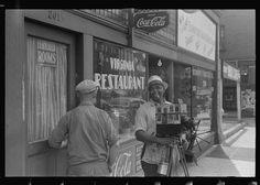 Itinerant tin type photographer, Columbus, Ohio. Ben Shahn street photography, 1938