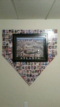 Baseball card home plate. All Braves cards around picture of Turner Field Awesome! Now I know what to do with all the cards! Baseball Crafts, Baseball Party, Baseball Stuff, Turner Field, Braves Baseball, Softball, Sports Mom, Basket Ball, Atlanta Braves
