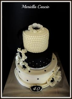 Birthday Cake Photos - Black and white cake