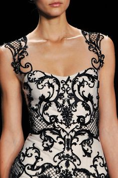 Beautiful black and white damasc patterned dress | Monique Lhuillier Fall 2014
