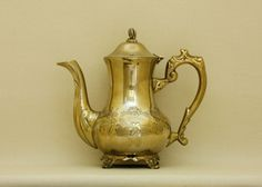 Currently at the auctions: Antique Victorian Brass Teapot, silver plated on the inside Silver Teapot, Silver Plate, Etsy Handmade, Handmade Gifts, Handmade Art, Porcelain Ceramics, Small Businesses, Unique Vintage, Vintage Antiques