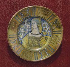 Lot 7 - PLAT EN MAJOLIQUE ITALIENNE (DERUTA) DU XVIEME SIECLE  CIRCA 1520-1550  A décor bleu et lustré, au
