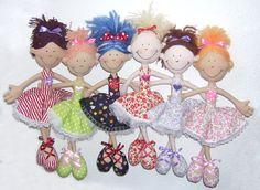 jezikuze-handmade.blogspot.cz www.fler.cz/jezikuze Textilní panenka balerína / Fabric doll ballerina
