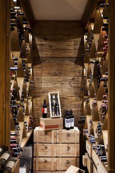 Weinkeller Rasmushof Kitzbühel von Diogenes www.helmut-pramstaller.at #WineStorage