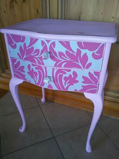gorgeous side table !!!!!