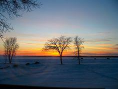 Sunset at Lake Manitoba (©Bogdan Fiedur)