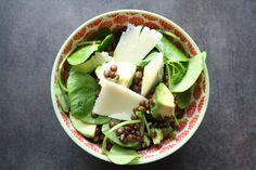 Salade de pourpier, lentilles, avocat et parmesan