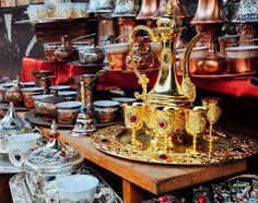 Τα 10 καλύτερα παζάρια της Κωνσταντινούπολης Istanbul, Globe, Coffee Maker, Kitchen Appliances, Travel, Coffee Maker Machine, Diy Kitchen Appliances, Speech Balloon, Coffeemaker