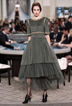 Look 51 Le ultime sfilate e le collezioni Prêt-à-Porter & Accessori e Haute Couture sul sito ufficiale CHANEL