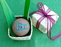 "Aloha Kanji Rock with Hawaiian Lauhala gift box, Japanese Incense burner, Rainbow, fish, Poem, Sky, Holiday Good-luck gift, 2""D x 1 1/2""H by AumakuaPottery on Etsy"