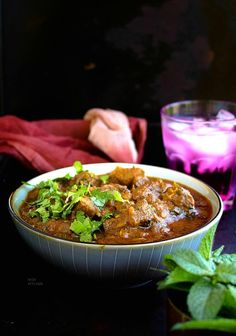 Amazingly flavorful classic lamb curry or lamb karahi cooked in delicious sauce rich in aromatic spices Karahi Recipe, Coriander Cilantro, Lamb Curry, Indian Food Recipes, Ethnic Recipes, Red Chili Powder, Garam Masala, Fresh Ginger, Curry Recipes