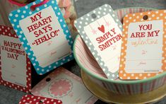 Free printable Valentine's Day gift tags. Love the idea of filling mason jars with candy and giving them to someone.