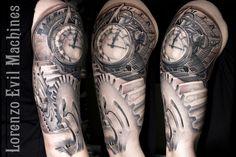 Realistic Tattoo by Lorenzo Evil Machines, Roma Italia - Braccio Ingranaggi - Orologio - Sestante - Realistic Black and Gray Tattoo by Lorenzo Evil Machines - Roma - tatuaggi realistici e ritratti 3D
