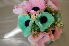 Google Image Result for http://wedding-splendor.com/wp-content/uploads/2011/03/Paper-Wedding-Flowers.jpg