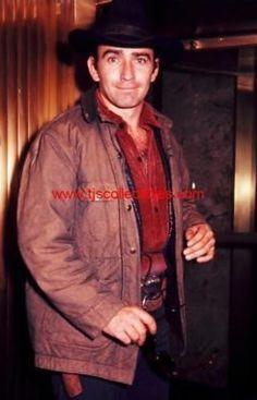 James Drury, Actor James, The Virginian, How To Look Better, Tv Shows, Handsome, Actors, People, Movies