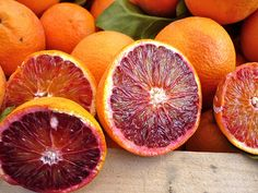 Catania - Mercato: Arancia rossa di Sicilia  #TuscanyAgriturismoGiratola