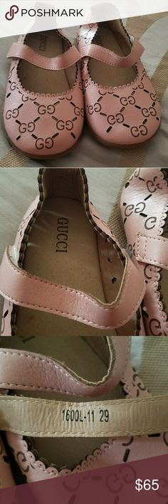 Gucci dress shoes These were a gift (not sure if they are authentic) but didn't fit my daughter, they smell like leather great quality. Soft pink color. They measure 7 3/4 inches Gucci Shoes Dress Shoes