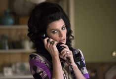 Jessica Paré says goodbye to her Mad Men character Megan Draper. The AMC drama also stars Jon Hamm and wraps Season 7 on May Mad Men Characters, Jessica Pare, Satin Nightie, Men Tv, Mad Women, Mad Men Fashion, Fifties Fashion, Vintage Fashion, Look Vintage